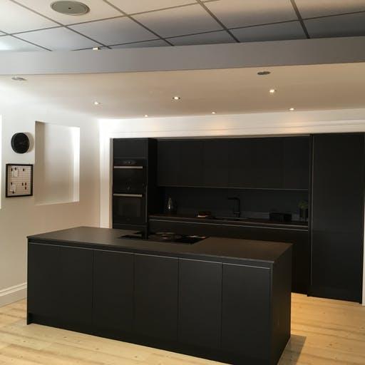 express-kitchens-showroom-domoos