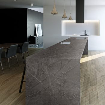 10659-Kira kitchen